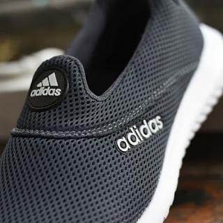Sepatu Adidas Slip On Pria Wanita Abu-Abu