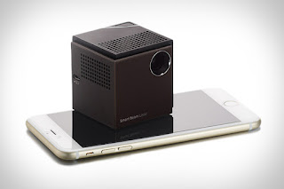 small pocket projector