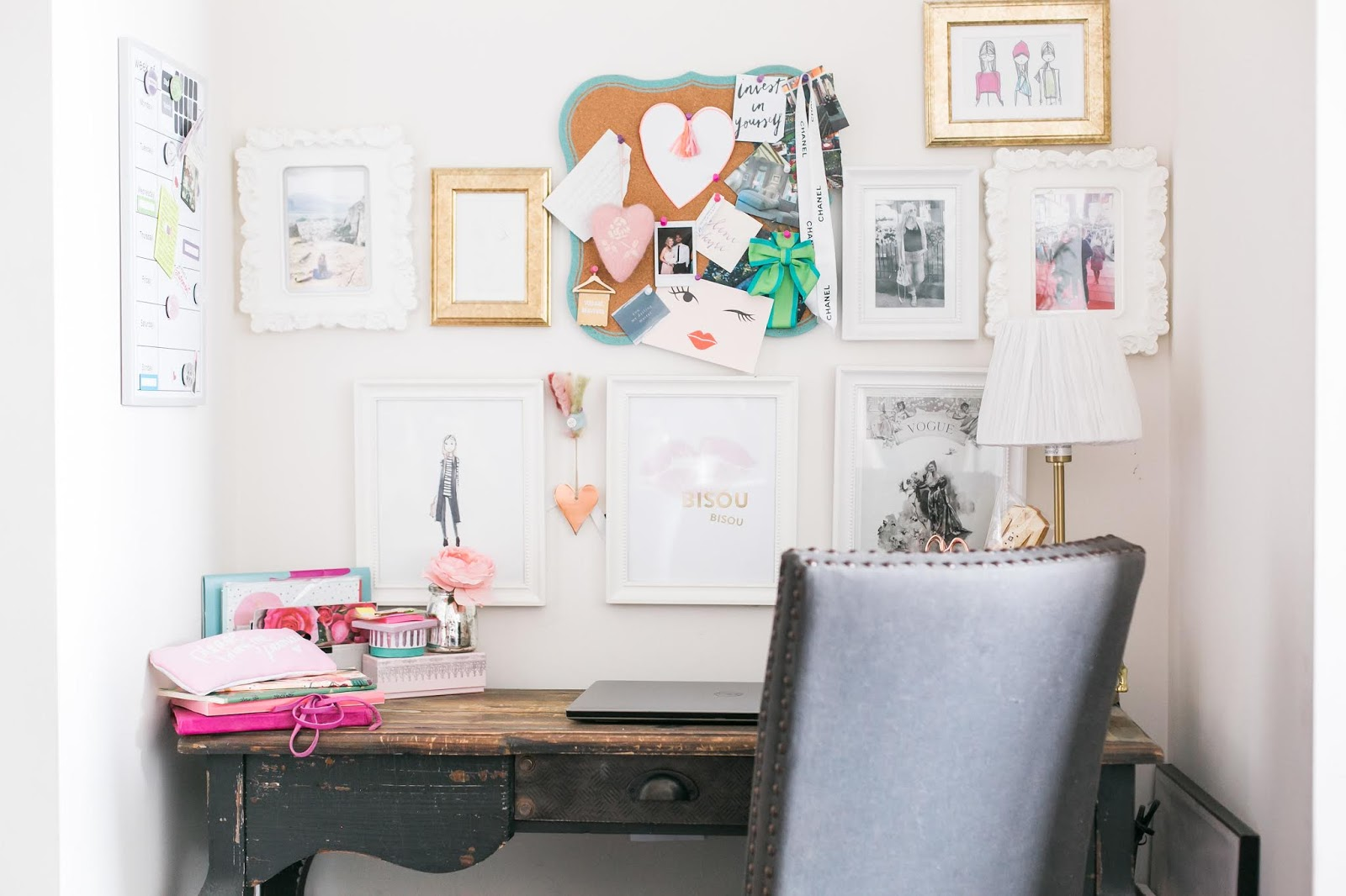 5 Cheap Ways to Make Your Desk Area Look Pretty