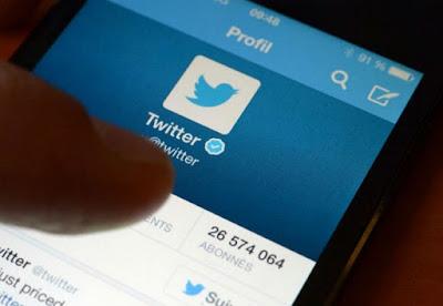 blue twitter tick