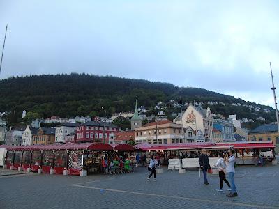 bergen mercado de pescado bryggen