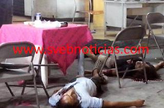 Ejecutan a dos hombres cuando comian pozole en Acapulco Guerrero