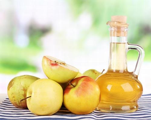 Giấm táo mèo được sử dụng để làm đẹp và chăm sóc sức khỏe