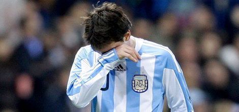 Iceland hold star-studded Argentina, disappointing Messi misses penalty