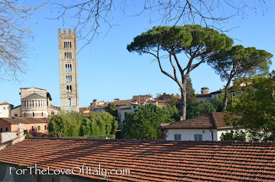 Walking the walls of Lucca, Italy