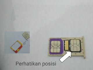 Cara memasang dual simcard dan memori card pada hp xiaomi