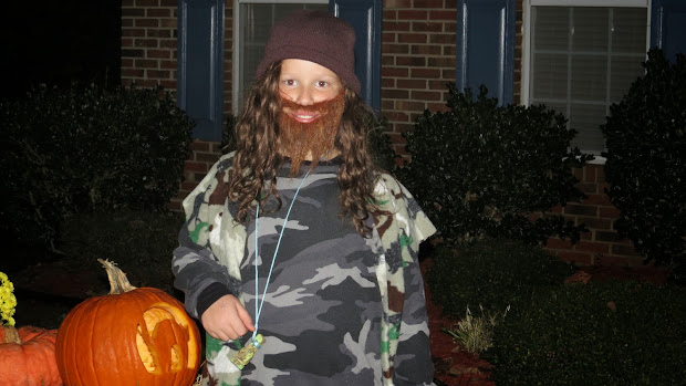 Title Happy Halloween.duck Dynasty Style