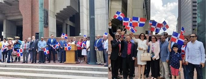 Consulado en Boston se une a celebración de Restauración Nacional y respalda organizaciones