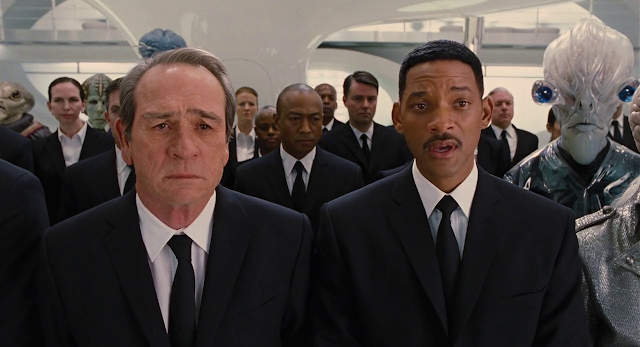 Men in Black 3 (2012) Dual Audio [Hindi-DD5.1] 720p BluRay ESubs Download