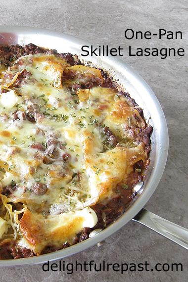 One-Pan Skillet Lasagne / www.delightfulrepast.com