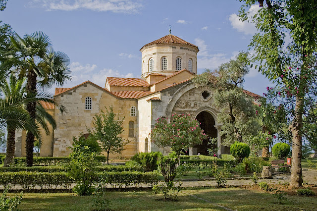 Trabzon's Hagia Sophia Church to be restored