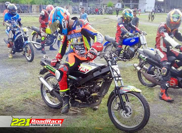 F1ZR RX King Ninja Bahkan Motor Thailand ini Masih Ramaikan MotorPrix Papua