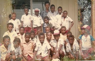 Adenium: Saat Ayahku Menjadi Guru di Papua