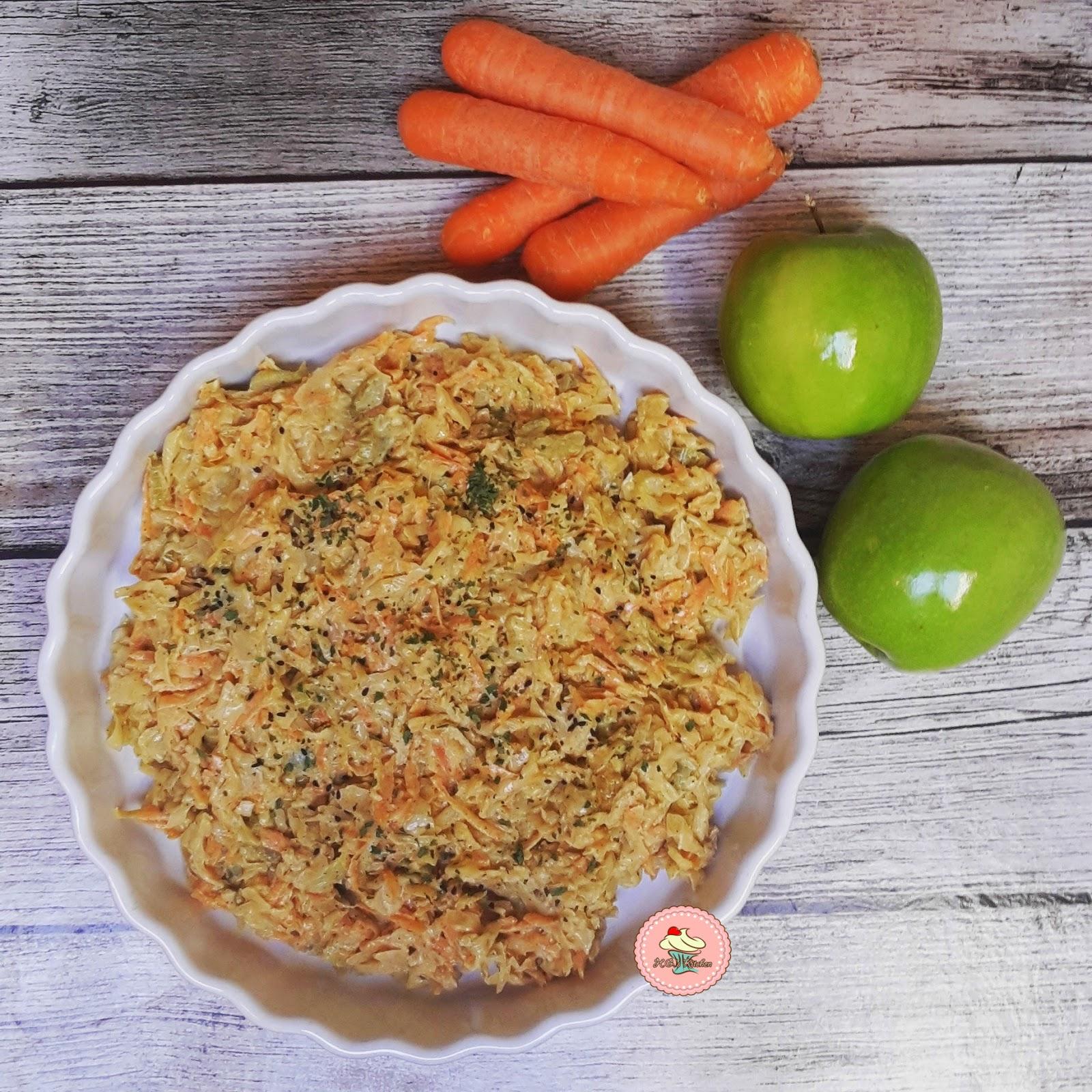 Elmalı Lahana Salatası