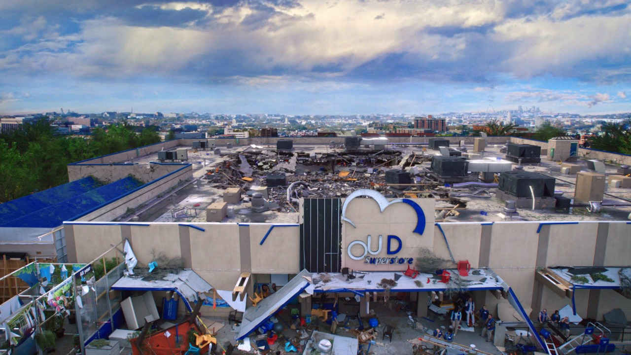 La tienda Cloud 9 tras el huracán en la segunda temporada de Superstore