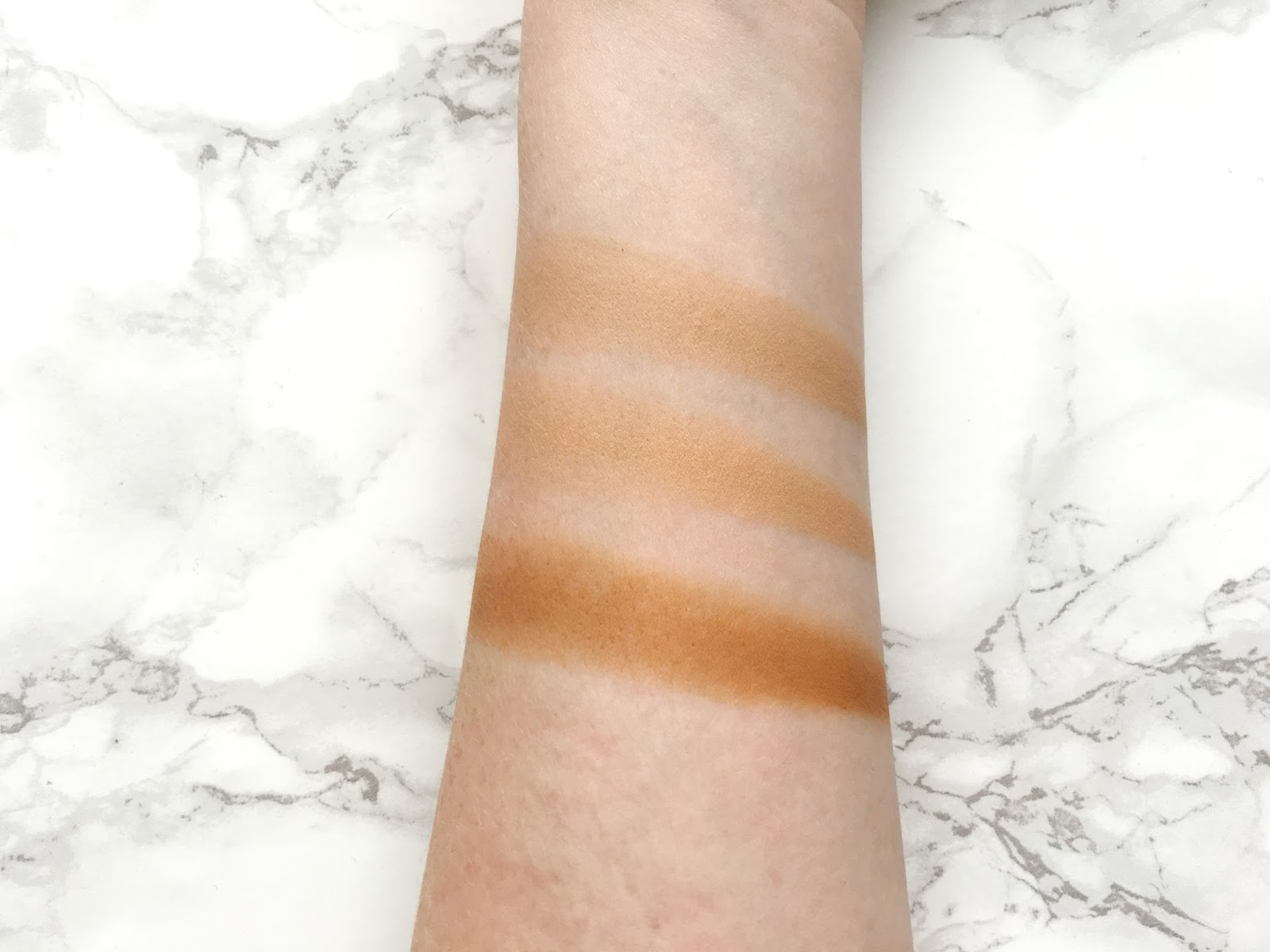 Rimmel #Insta Conceal and Contour Palette Medium Swatches