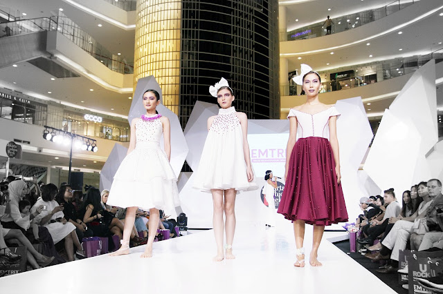 Lourdes fashion show at jakarta fashion week 20172018 diary of its an awesome night at that day one of my best days in year 2016 thank you jakarta fashion week 20172018 hope to see you again next year stopboris Image collections