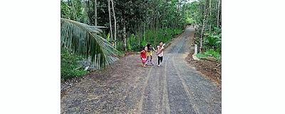 Cerianya Anak-Anak Nikmati Jalan TMMD