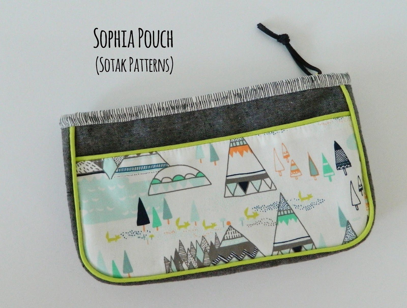 It S Been A While Since I Finished New Pdf Pattern So Feels Especially Good To Show You My Newest Sophia Pouch Must Admit M Kind Of In Love With