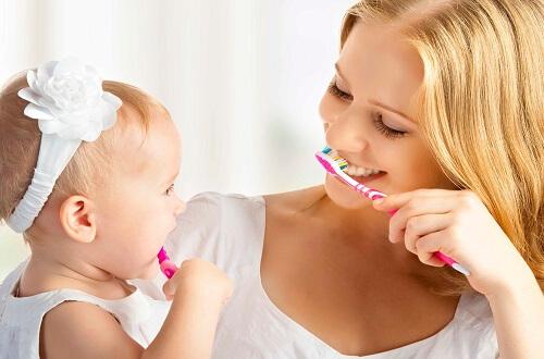 تسوس الاسنان ،تنظيف الأسنان،فرشاة الأسنان
