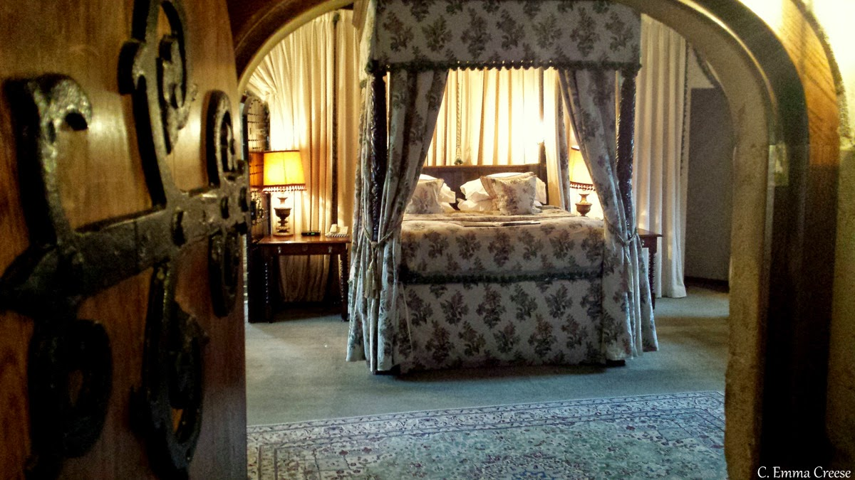 Roadtrip: Castle hunting: Thornbury Castle, Gloucestershire - Adventures of a London Kiwi