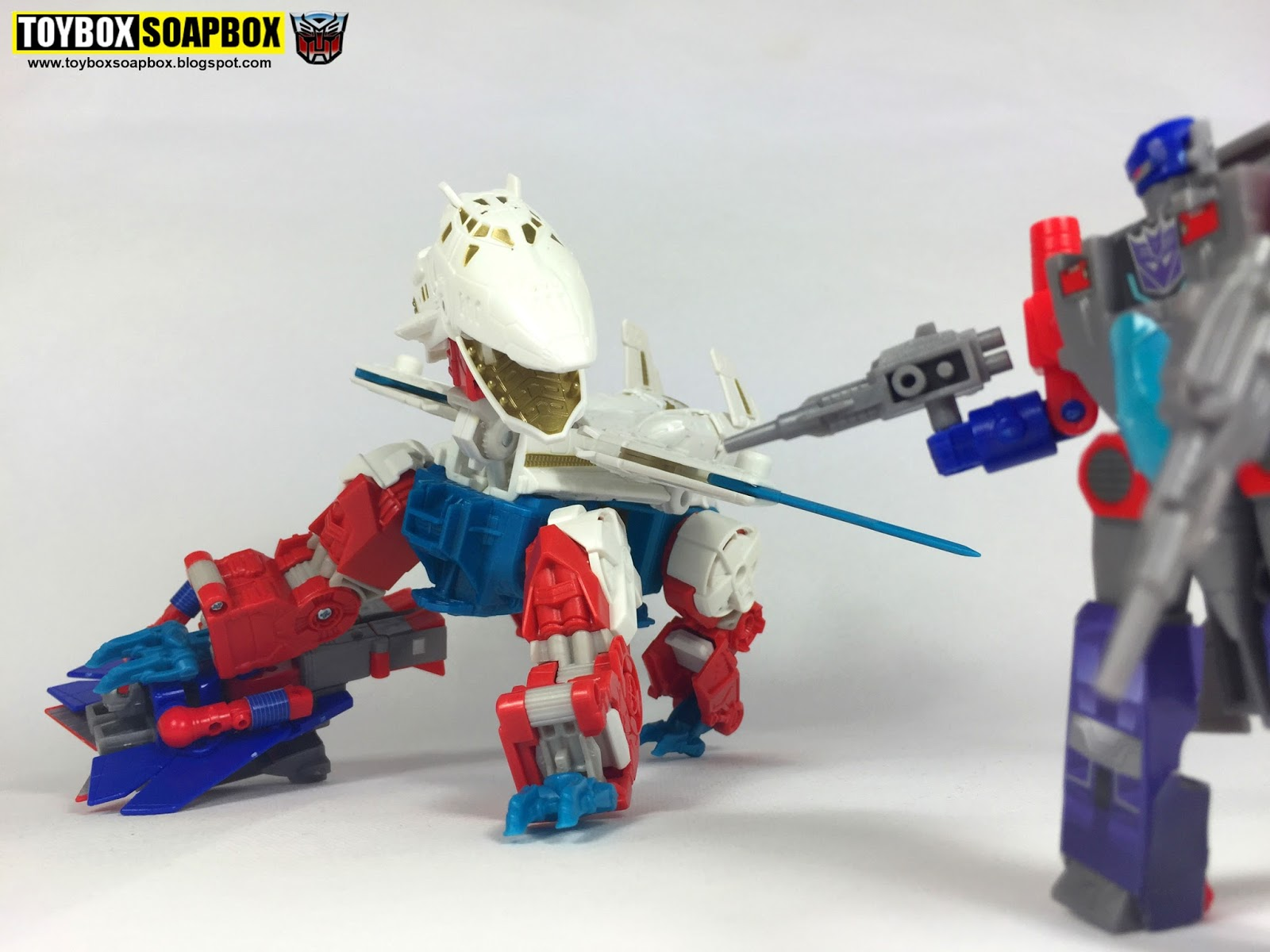 Toybox Soapbox Combiner Wars Sky Lynx Review