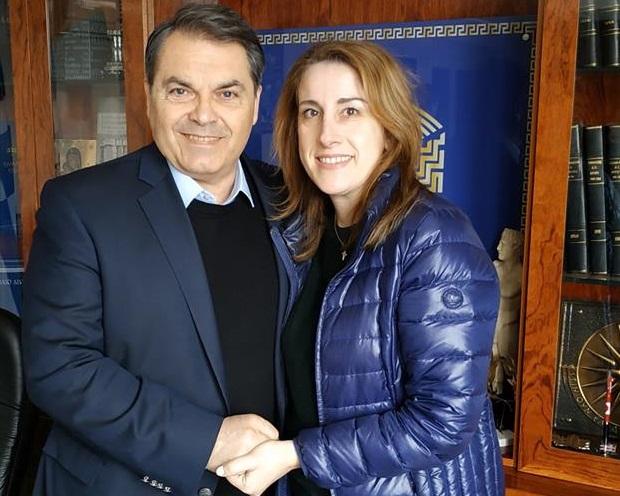 Η Δάφνη Μπαμπαλιάρου υποψήφια με τον Δημήτρη Καμπόσο