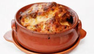 Καστοριά – Συνταγή: Πήλινο με τρία τυριά…