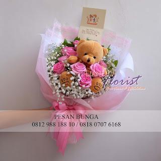 toko bunga jual handbouquet, jual bunga untuk valentine, toko bunga dijakarta, florist jakarta barat, jual handbouquet boneka