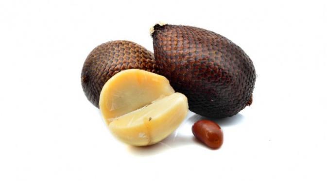 Manfaat Buah Salak Untuk Kesehatan Tubuh, berikut ini adalah khasiat dari buah salak
