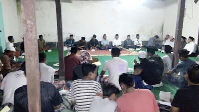 Masyarakat Kecamatan Jonggat Bile Raweng Ali-Sakti