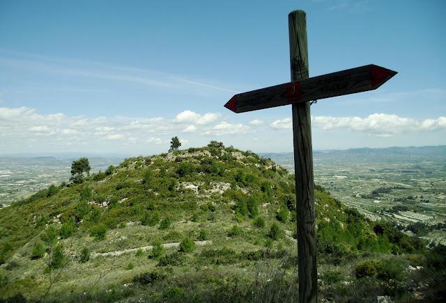 Pista forestal del Benicadell. Castell de Carbonera