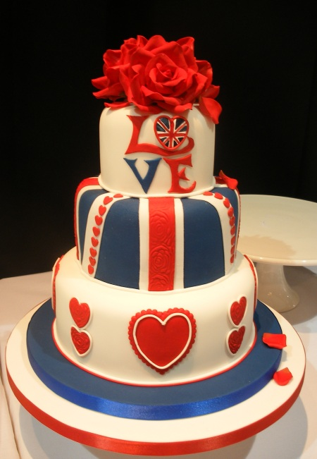 affordable wedding cakes london uk free royal wedding cake on the inside 10575