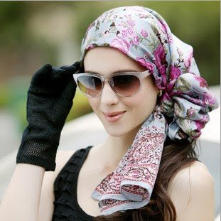 Beutiful Head Scarf For Girls Winter Fashion Photos 2013