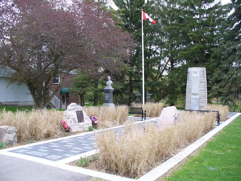 Ontario War Memorials Newmarket
