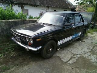 Datsun 1972 retro