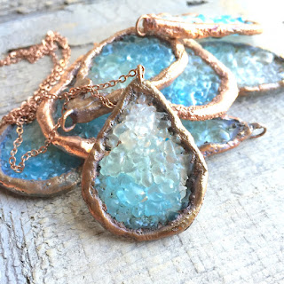 https://www.etsy.com/listing/270610265/long-island-iced-tea-teardrop-geode