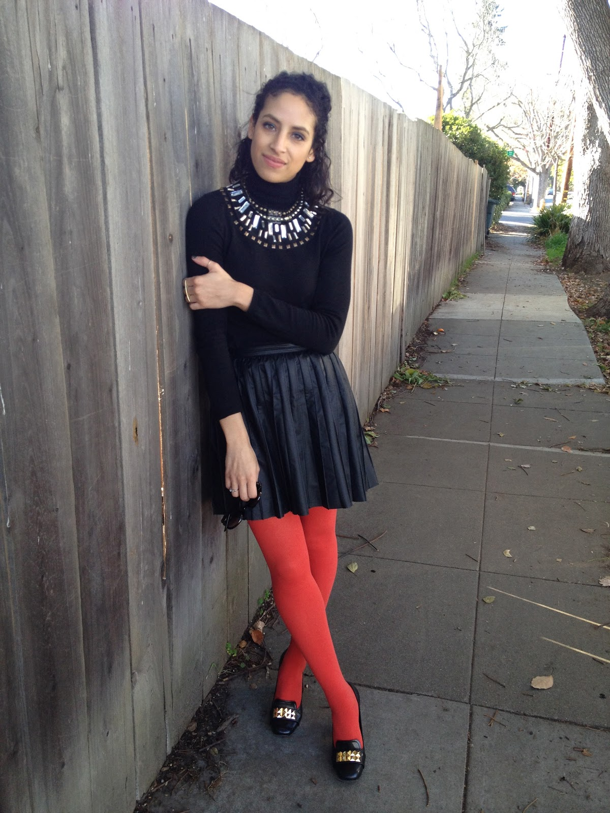 The ultimate red tights inspiration. - Fashionmylegs : The
