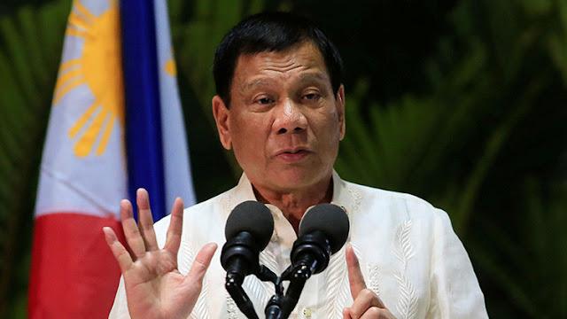 """Duterte: """"Estoy enfadado. Dicen que mato a gente, y la mato si destruye a nuestros hijos"""""""