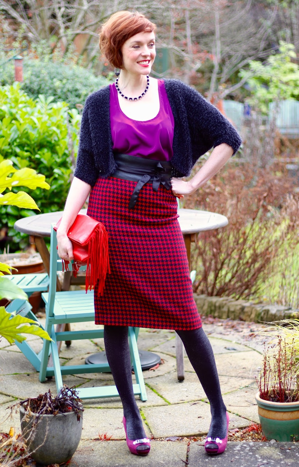 The fab 40's in Tartan | Vintage pencil skirt and purple peep toes!