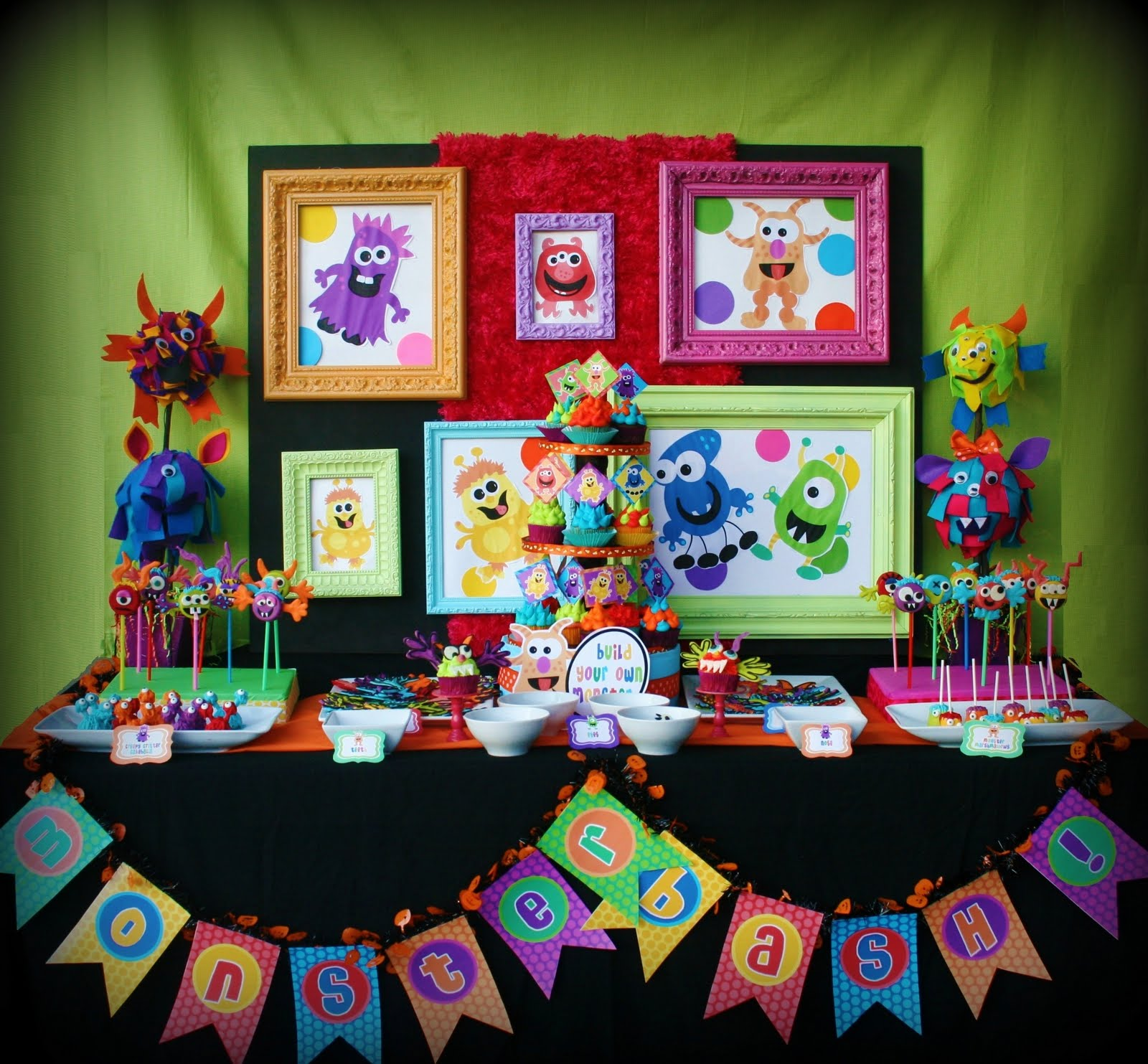 Kids birthday party ideas birthday for Decoration annee 80