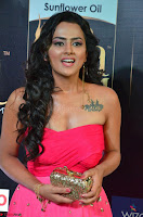 Sraddha in Sleeveless Off Shoulder Pink Dress at IIFA Utsavam Awards March 2017 016.JPG
