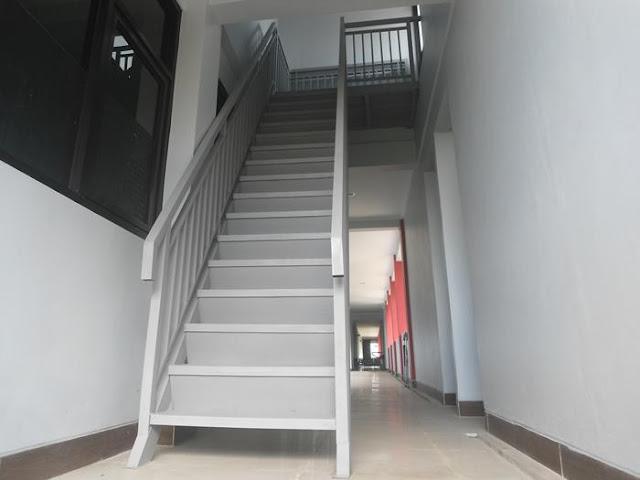 tangga besi purwokerto