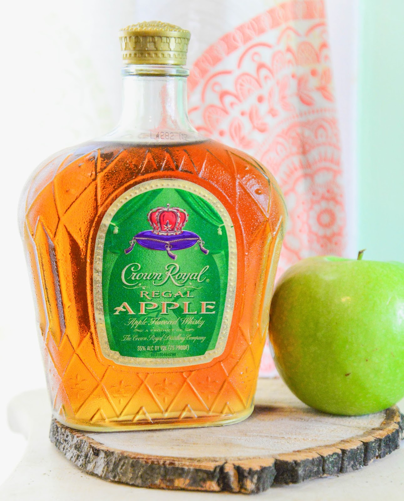 Crown Royal Regal Apple #HolidayGiftGuide