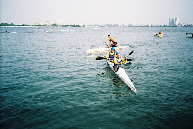 Kayaking on Hanoi's West Lake 1