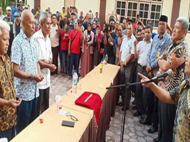 Thaher Hanubun Pimpin Suban Adat 8 Kepala Ohoi di Maluku Tenggara