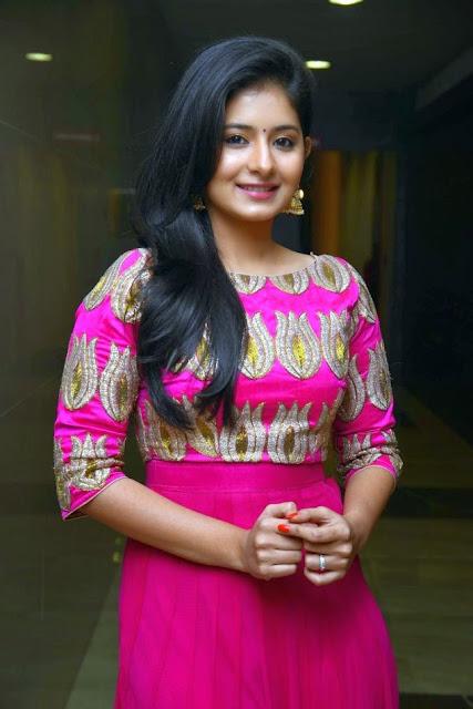 Reshmi Menon Tamil igralka Hot Sexy pogled - mobilno številko-2278