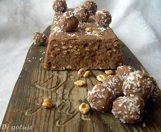 Blok/kulki czekoladowe z kokosem i prażoną pszenicą (z mleka granulowanego)