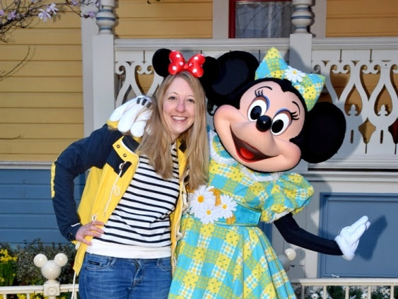 Disneyland Paris: Meeting the characters