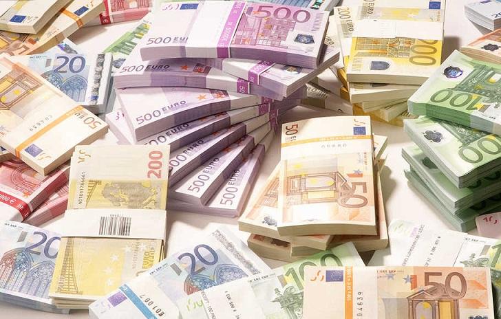 Kisah Pertama Kalinya Mata Uang Euro Digunakan di Eropa